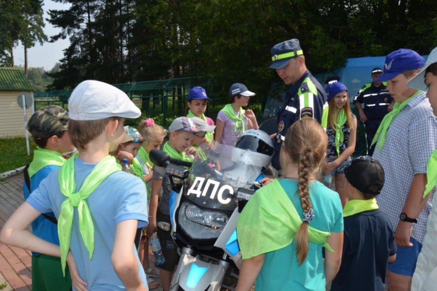 «Снова в школу»: зеленоградская полиция выходит на дороги