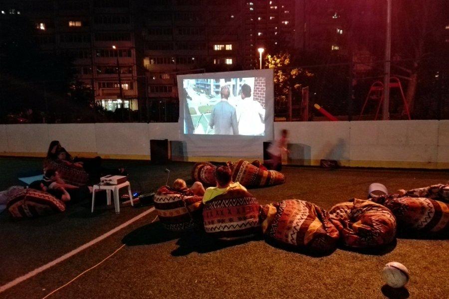 В 12 микрорайоне Зеленограда состоится кинопоказ под открытым небом