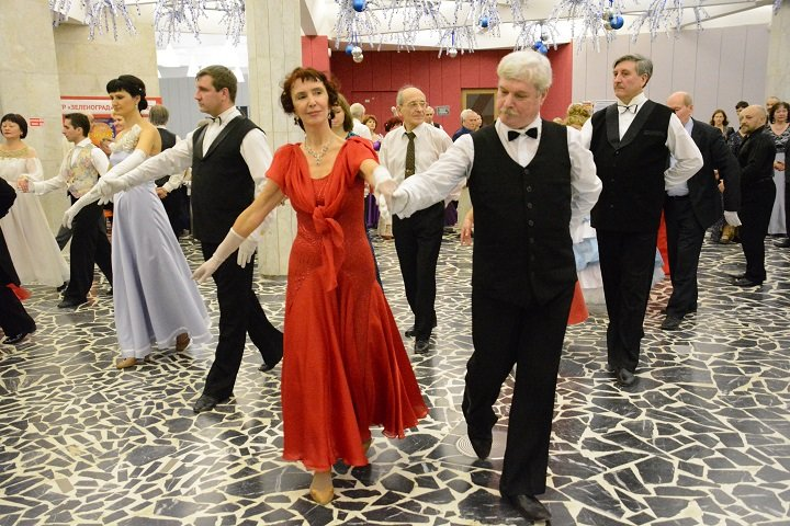 Сезон исторических бальных танцев продолжается в КЦ «Зеленоград»