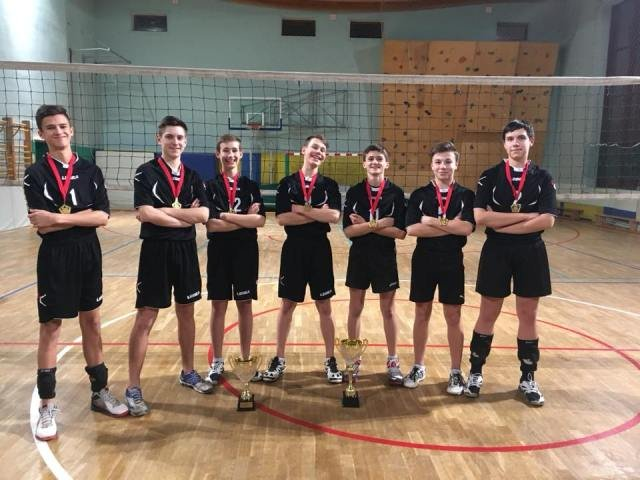 Волейболисты школы №1557 будут представлять Москву на всероссийском турнире