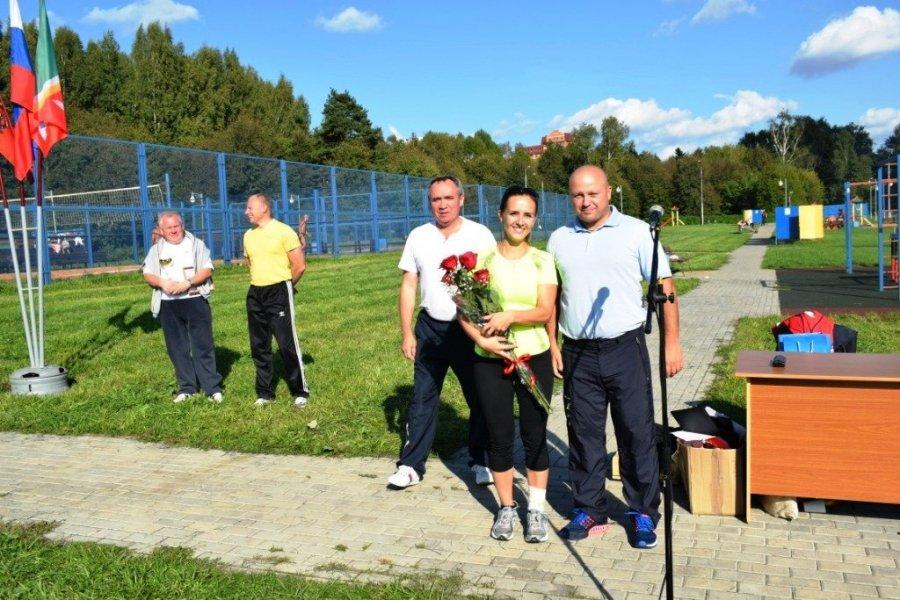 На Школьном озере в Зеленограде прошел спортивный праздник среди полицейских