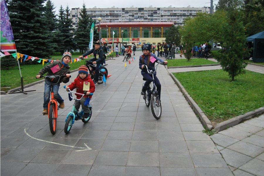 В районе Крюково прошел сентябрьский «Детский велофестиваль»