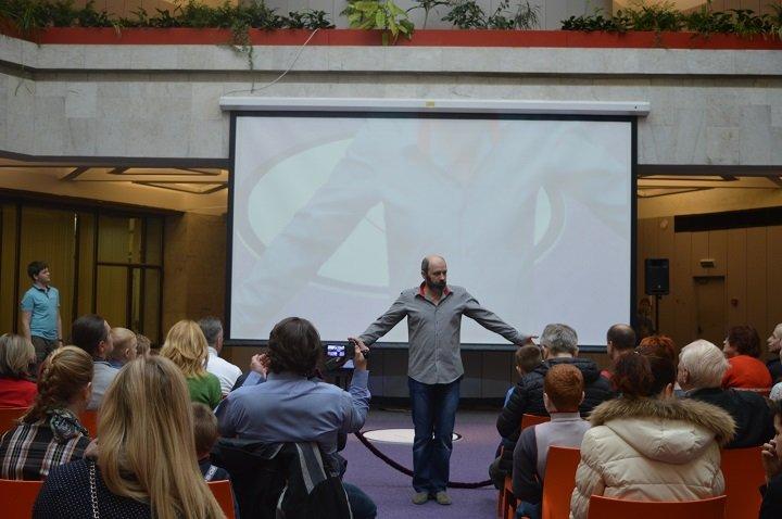 Культурный центр «Зеленоград» приглашает юных зеленоградцев узнать о том, как работает электроника