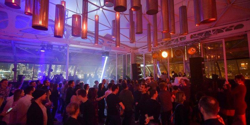 Закрытие ночных клубов из за коронавируса можно пойти в ночной клуб одной