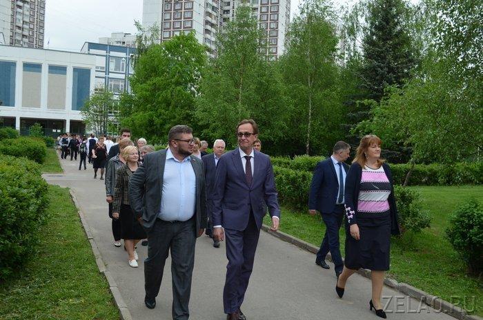 В Зеленоград на вернисаж прибыло подразделение Президентского полка