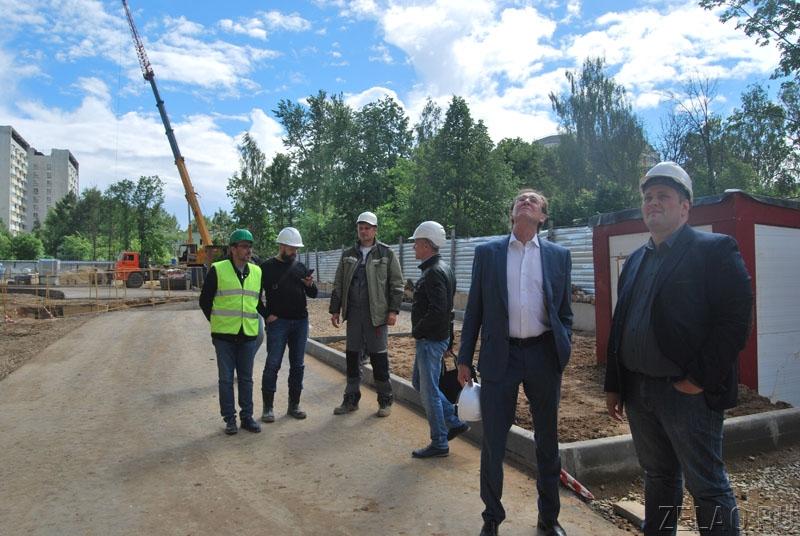 Префект округа дал высокую оценку организации строительства ЖК «Лесное озеро»